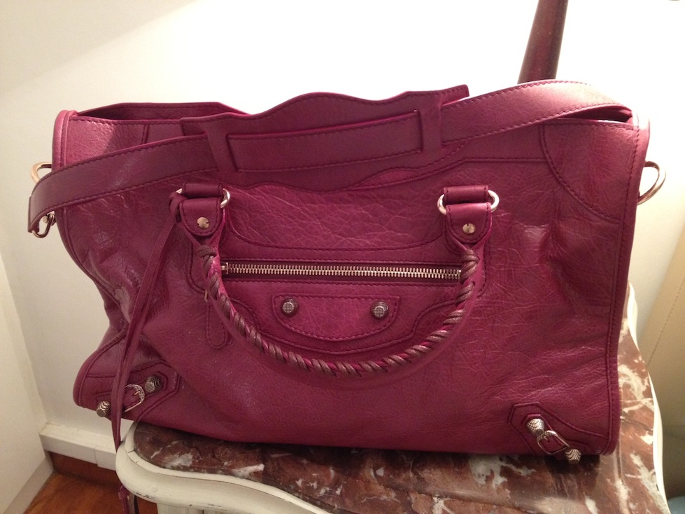 This is my new new balenciaga bag in cassis color.